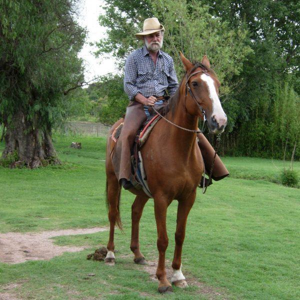 Paul Quinton a cavallo