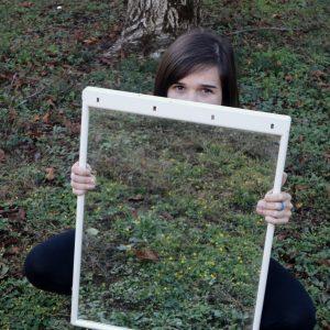 Elisa con specchio