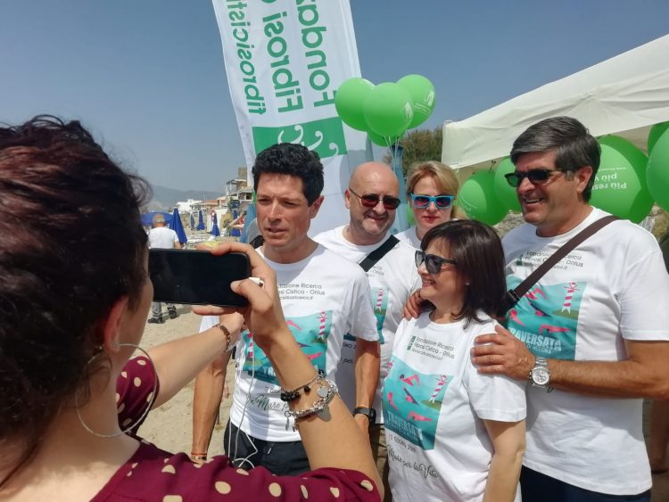 A nuoto per sostenere la ricerca: il presidente FFC Matteo Marzotto ha affrontato la traversata dello stretto di Messina